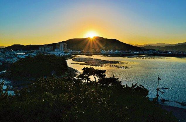 和歌の浦・奠供山