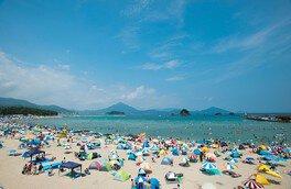 【2020年営業中止】若狭和田ビーチ