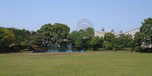 青海中央ふ頭公園