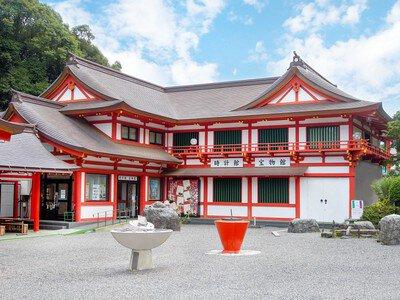 近江神宮時計館宝物館