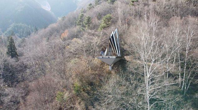 古城公園 あかつきの塔