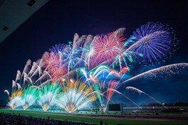 東京湾・浦安芸術花火 特別企画 QUEEN SUPER FIREWORKS 〜夜空のラプソディ〜 画像(2/5)