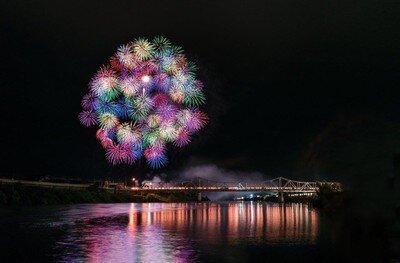 【2020年開催なし】大石田まつり最上川花火大会