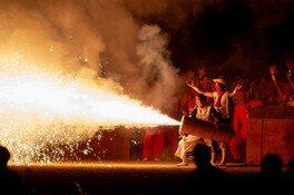 新居諏訪神社奉納煙火祭礼(遠州新居手筒煙火) 画像(2/4)