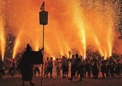 【2020年中止】新居諏訪神社奉納煙火祭礼(遠州新居手筒煙火)