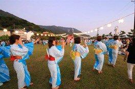 19:00からは盆踊り大会も実施