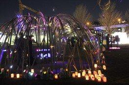 蒔田公園内ではキャンドルの灯りが優しくゆらめく