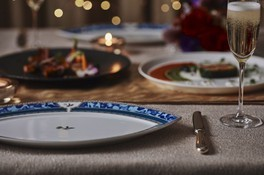 イヤーエンドブッフェをはじめ、各レストランでクリスマスディナーも楽しめる